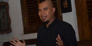 Bila Utang Bertambah, Ahmad Dhani Janji Gampar Artis Pendukung Jokowi