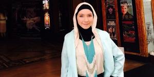 Mualaf, Stephanie Kurlow Jadi Penari Balet Berhijab
