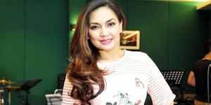 Nama Nia Daniati Dicatut Penipuan Online Shop