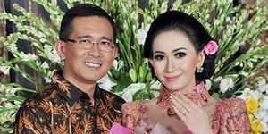 Presenter Poppy Putri Resmi Menikah dengan Pengusaha Malaysia