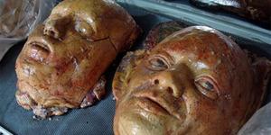 Toko di Thailand Ini Jual Roti Mirip Potongan Tubuh Manusia