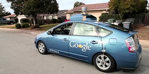 Akhirnya, Mobil Google Sebabkan Kecelakaan