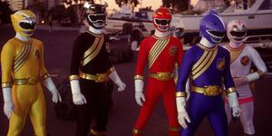 Foto Perdana 5 Pemain Film Power Rangers