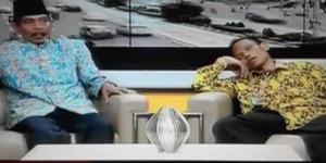Hahaha! Jadi Narasumber di TV One, Sumanto Malah Tidur