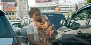 Jahat! Bayi Disewakan Buat Mengemis, Dibius Agar Tak Menangis