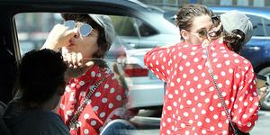 Makin Hot, Kristen Stewart-Soko Ketahuan Ciuman & Jilat Jempol