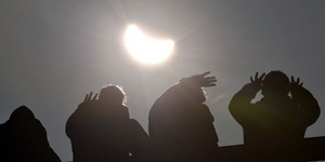 Metro TV & TVRI Siap Tayangkan Live Gerhana Matahari Total