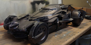 Thechoozen, PC Keren Desain Mobil Batman