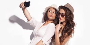 Ungkap Karakter Lewat Posisi Kepala Saat Selfie