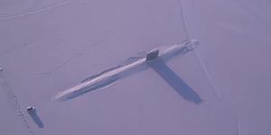 Video Kapal Selam Nuklir AS 'Hancurkan' Es di Kutub Utara