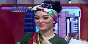 Video Zaskia Gotik Menghina Lambang Negara Indonesia di Dahsyat