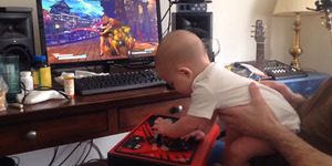 Wow! Bayi 6 Bulan Ini Tamatkan Street Fighter V