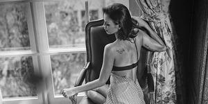 Foto Sophia Latjuba Seksi Pamer Celana Dalam
