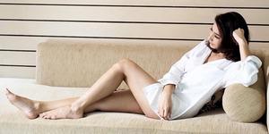 Foto Tyas Mirasih Pose Sensual 'Lupa' Pakai Celana