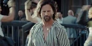 Jason Statham Tampil Konyol di Iklan LG G5