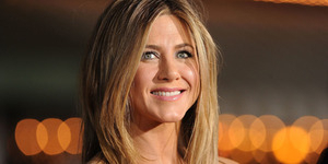 Jennifer Aniston Wanita Tercantik Dunia 2016 Versi People