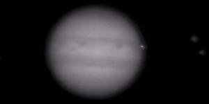 Ledakan Dahsyat di Jupiter Terlihat dari Bumi