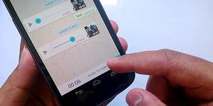 SMS Makin 'Tak Berguna' Gara-gara WhatsApp