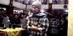 Video: Suara Merdu Muzammil Hasballah Jadi Imam Salat Menggetarkan Hati