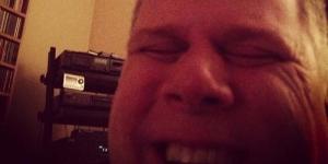 Tommy Edison, Pria Buta yang Berbagi Foto Keren di Instagram