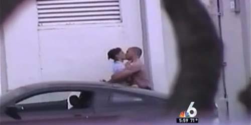 Abaikan Panggilan Darurat 911, Polisi ini Malah Asyik Berciuman
