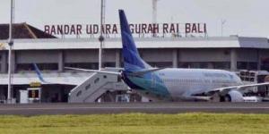 Petugas Bea Cukai Bandara Ngurah Rai Terima Suap