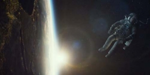 Trailer Gravity Tampil Kecelakaan Mengerikan di Luar Angkasa